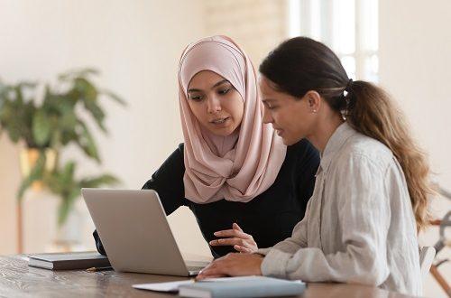 تعاون يجمع وزارة الاتصالات وتكنولوجيا المعلومات ومؤسسة كير مصر ومايكروسوفت بهدف تمكين المرأة عبر جميع أنحاء مصر