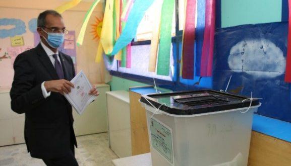 بالفيديو عمرو طلعت يدعوا كل المصريين للمشاركة فى انتخابات مجلس الشيوخ